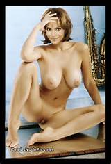 Halle+Berry Halle Berry Nude Boobs n Hairy Pussy