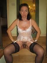 711 - MILF mature amateur panties hairy wet pussy - 1.jpg