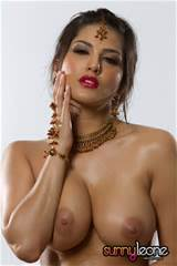 Sunnys Boobs Click Here To Meet Sunny Leone Her Website