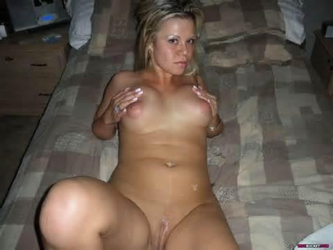 Nude Amateur Milfs 13 Wife Porn Pics